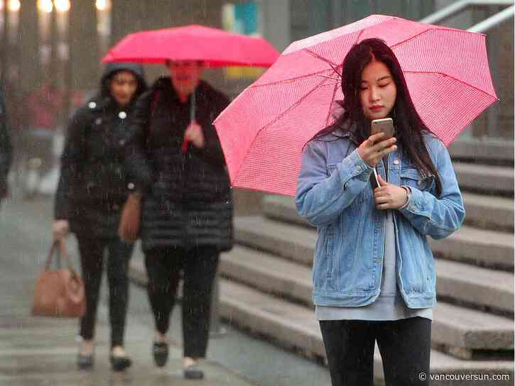 Vancouver Weather: Heavy rain, tapering to showers