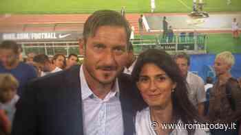 Francesco Totti incontra Raggi in Campidoglio: allo studio un progetto per un campo di padel