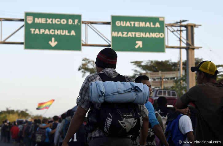 Cientos de migrantes centroamericanos ingresaron a México desde Guatemala