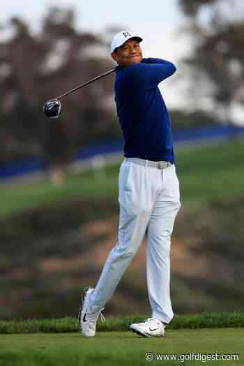 Tiger Woods has a new driver and ball in play at the Farmers Insurance Open