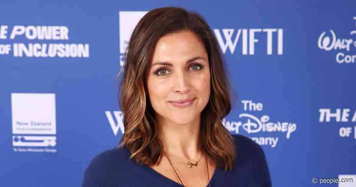 Paula Faris Reveals Why She Brought 12-Year-Old Daughter into Bathroom During Third Miscarriage