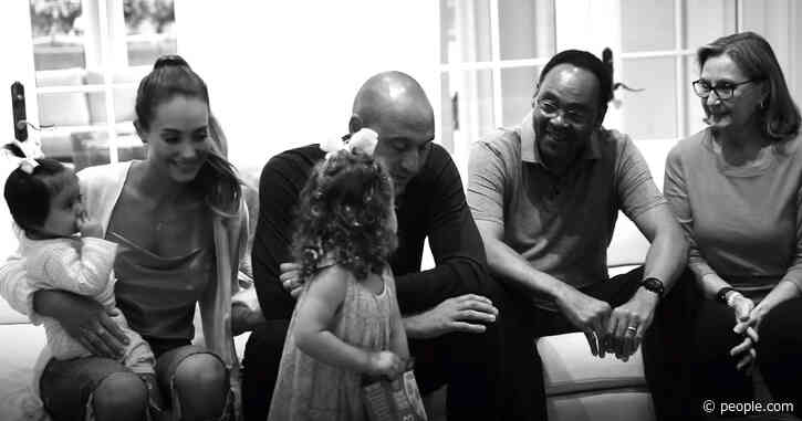 See Rare Video of Derek Jeter's Daughters as Family Celebrates His Election to Hall of Fame