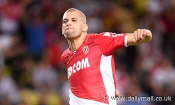 Manchester United make shock enquiry for Leicester flop Islam Slimani