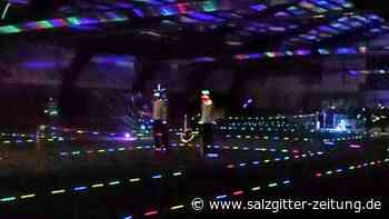 Lichtertennis beim TC Fallersleben feiert gelungene Premiere