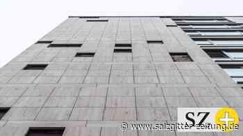 Wolfsburger Rathaus: Die komplette Fassade muss runter