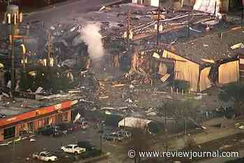 2 killed in early morning explosion in Houston