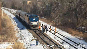 Train Collides With Truck in Newington