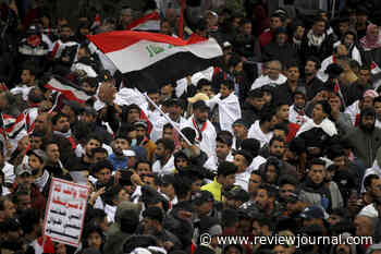 Tens of thousands of Iraqis rally against US troops