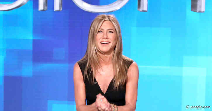 Jennifer Aniston Reveals 'Deep, Dark Secrets' About Ellen DeGeneres While Guest-Hosting Her Show