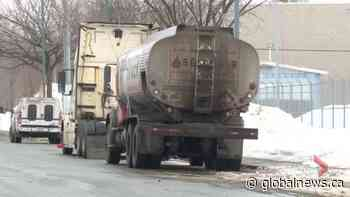 Tanker truck leaks diesel fuel over 4-kilometre stretch