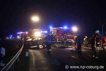 Frontal-Crash: 19-Jähriger tot - vier Schwerverletzte