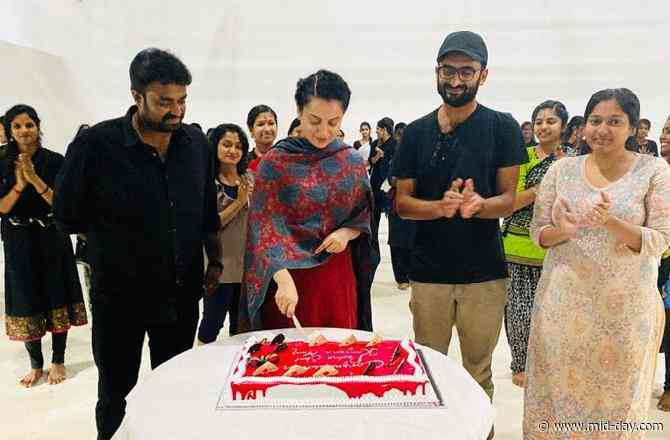 Thalaivi: Kangana Ranaut celebrates her Padma Shri win with the team in Chennai