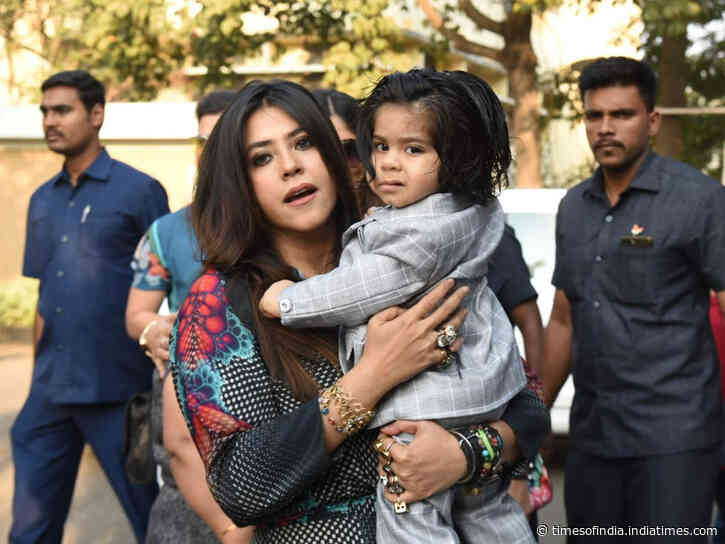 Ekta snapped with son Ravie on his birthday