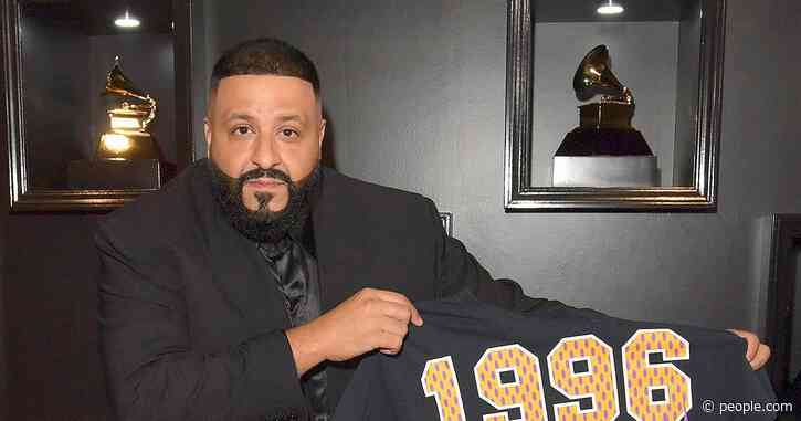 DJ Khaled Holds Up a Kobe Bryant Shirt on the Grammys Red Carpet: 'It's Hard to Even Celebrate'