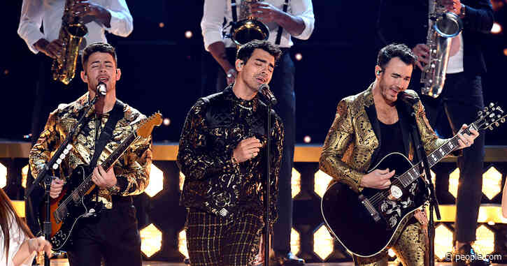 Jonas Brothers Take the Grammys Stage with Sophie, Danielle and Priyanka Watching in the Audience