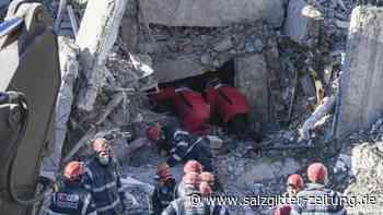 Weiter Suche nach Überlebenden: Zahl der Todesopfer steigt nach Erdbeben in Osttürkei auf 39