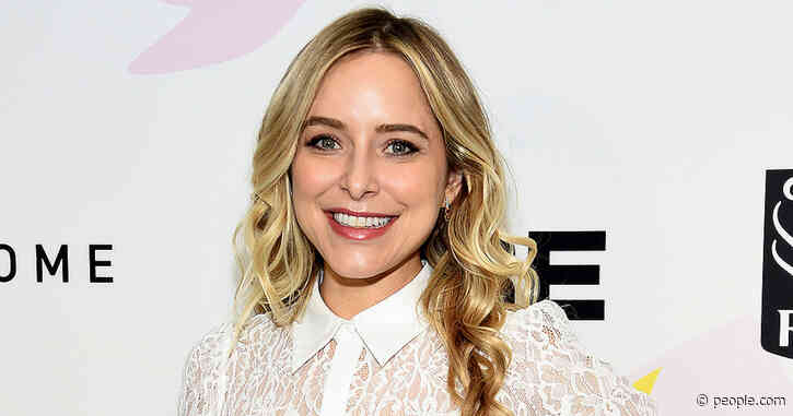 Jenny Mollen Would 'Totally' Have a Third Baby with Husband Jason Biggs — If He Could Get Pregnant