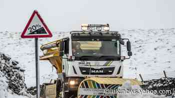 Commuters warned of disruption from snow and ice
