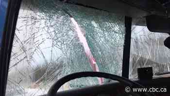 Quebec truck driver injured after ice smashes through his windshield
