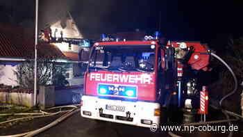 Mitten in der Nacht: Wohnhaus brennt lichterloh