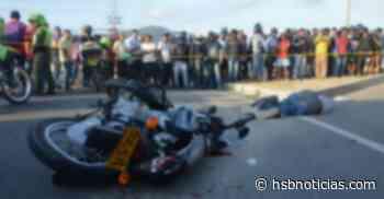 Fatalidad en la vía Chiquinquirá- Saboyá: Se lo llevó un camión que transportaba leche   HSB Noticias - HSB Noticias