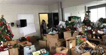 Sainte-Marthe-sur-le-Lac residents spread the spirit of giving to flood victims - Global News