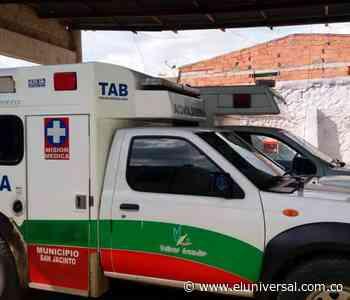 Encapuchados atacaron ambulancia de San Jacinto que trasladaba a un paciente - El Universal - Colombia