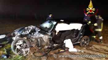 Con l'auto contro un albero: 29enne in rianimazione - Il Giornale di Vicenza
