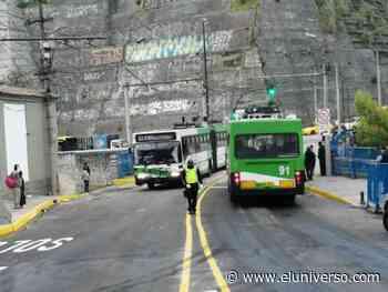 Se reabre paso en puente sobre río Machángara en Quito - El Universo