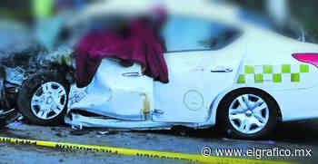 Choque entre un auto y un taxi deja dos muertos, en Ocoyoacac; responsable huye | El Gráfico - El Grafico
