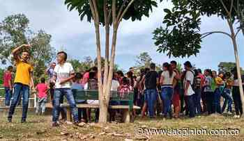 Plantón de estudiantes y padres de familia en Tibú - La Opinión Cúcuta