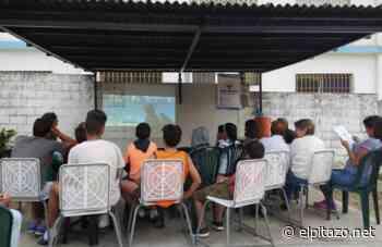 Acción Ciudadana realiza cine-foro con vecinos de El Playón en Macuto - El Pitazo