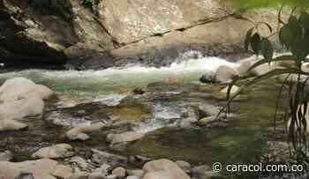 Un menor está desaparecido luego de que el río Cocorná lo arrastrara - Caracol Radio