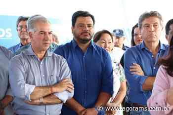 Marcelo Mourão prestigia entrega de 353 casas no Campina Verde - Agora MS