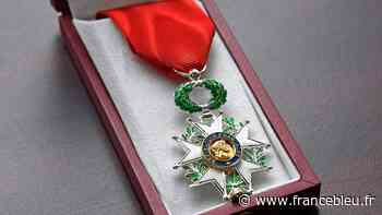 Le maire de Castries promu chevalier de la Légion d'honneur - France Bleu