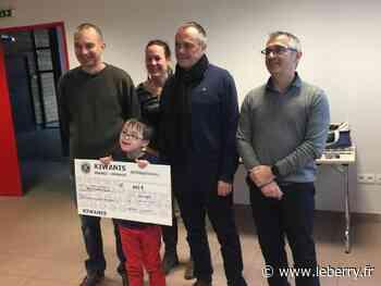 Grâce à un chèque de 900 euros donné à Vasselay, Lucas, 6 ans, porteur de trisomie 21, va bénéficier d'une nouvelle thérapie - Le Berry Républicain