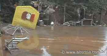 Ruas de Raposos estão tomadas por entulho, lixo e lama - TV Alterosa