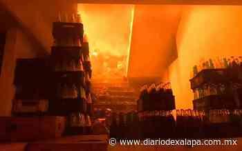 Arde bodega de abarrotes en Altotonga; no se reportaron heridos - Diario de Xalapa