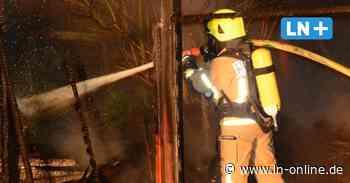 Propangas - Carport in Breitenfelde niedergebrannt – Feuerwehr verhindert Explosion - Lübecker Nachrichten
