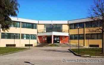 Giugliano: ottavo circolo didattico in zona Lago Patria, la scuola promotrice dell'integrazione - Teleclubitalia