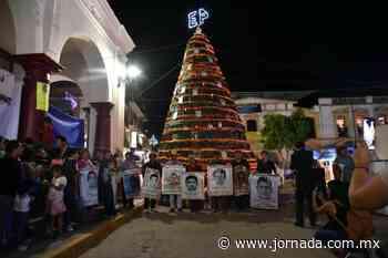 "Inicia en Tlapa de Comonfort caravana ""Nos siguen faltando 43"" - La Jornada"