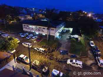 Polícia Civil de Pirapozinho cumpre mandados de prisão temporária e de busca e apreensão - G1