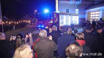 Für schnelle Unfallhilfe: Neues Feuerwehrauto für Kesselsdorf - MDR