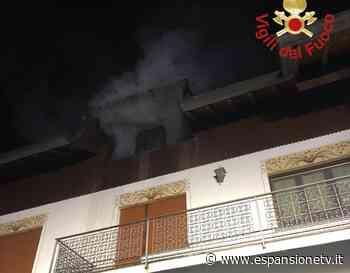 Alzate Brianza, incendio in una mansarda. Sul posto i vigili del fuoco - Espansione TV