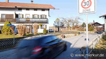 Reaktion auf Unterschriften: Mehr Kontrollen in Buchkogelstraße | Waakirchen - merkur.de
