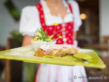 In cucina con la contadina Rosina: lo strudel di mele - Dolomiti.it