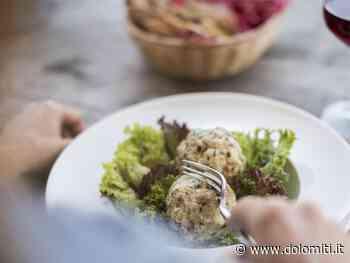 In cucina con la contadina Rosina: i canederli - Dolomiti.it