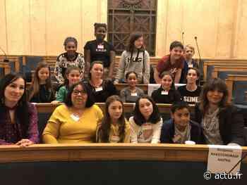 """Des jeunes de la Queue-en-Brie """"apprentis députés"""" à l'Assemblée Nationale - actu.fr"""