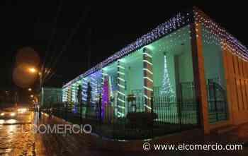 Parques y la Plaza Central de Cotacachi se iluminan por Navidad - El Comercio (Ecuador)