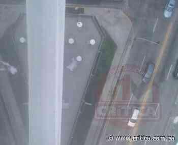 Venezolana se lanza del piso 18 de un edificio en Vista Hermosa - Crítica